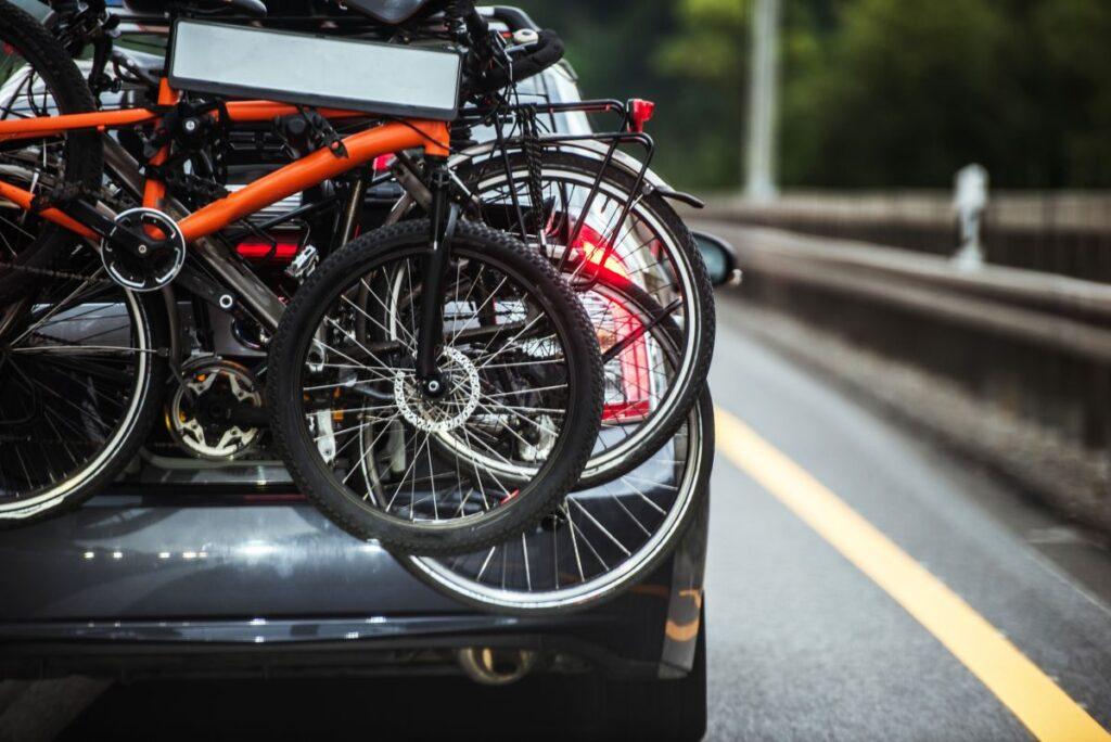 Łatwy w użyciu bagażnik rowerowy na klapę